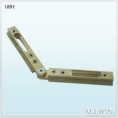 Adjustable brass header corner clamp